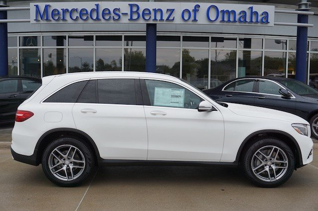 New 2017 mercedes benz glc glc300 sport utility in omaha for Mercedes benz of omaha used cars