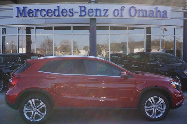 New 2016 mercedes benz gla gla250 suv in omaha gla222 for Mercedes benz of omaha used cars